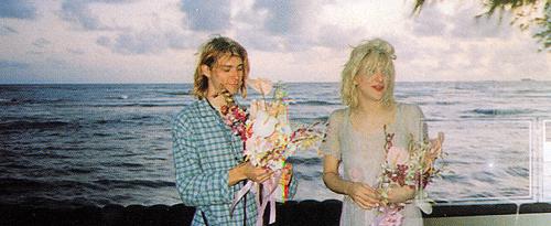 Courtney Love And Kurt Cobain Wedding.Kurt Cobain And Courtney Love Wedding The Cobain Family