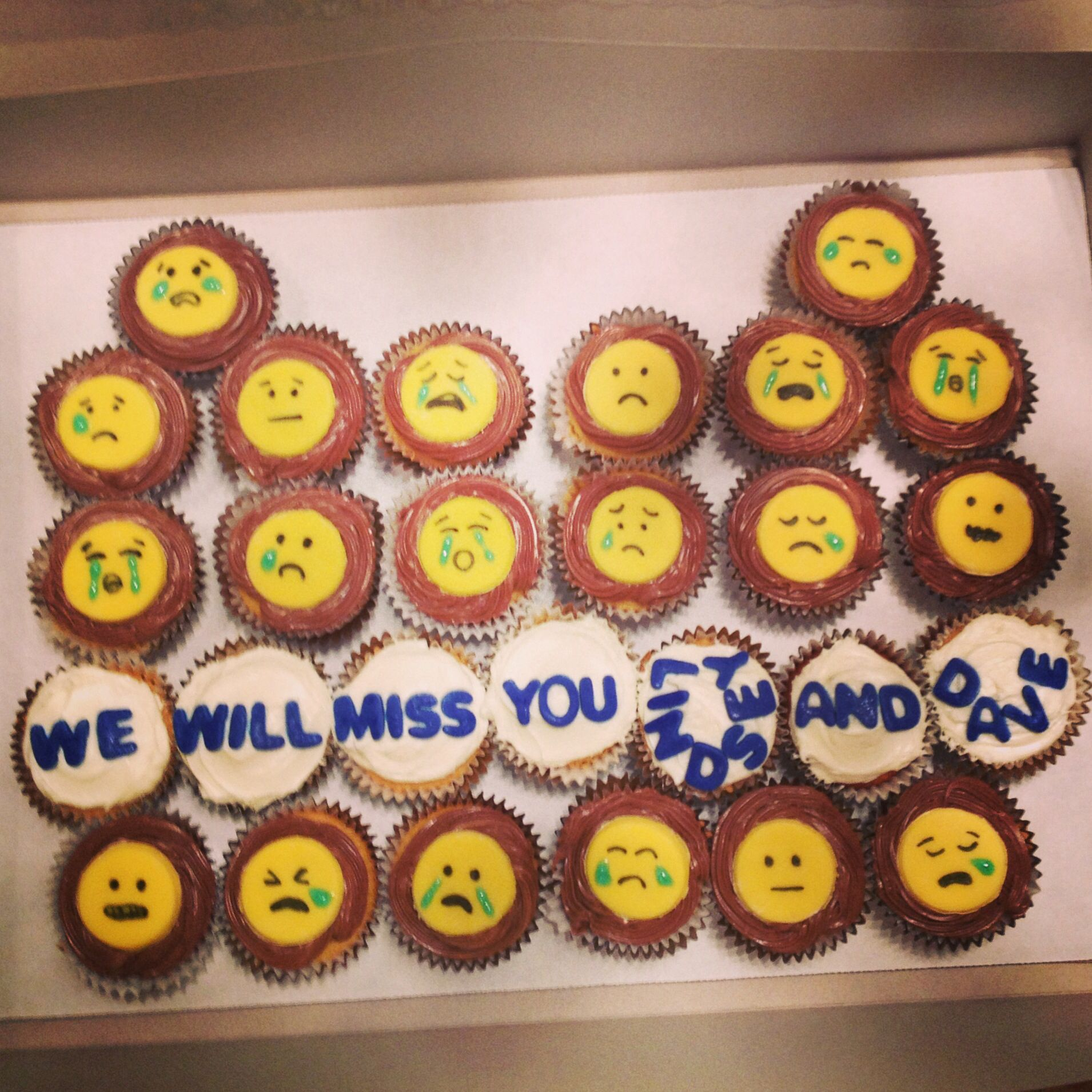 Emoji Cupcakes, Going Away Party | my posts to pinterest ...