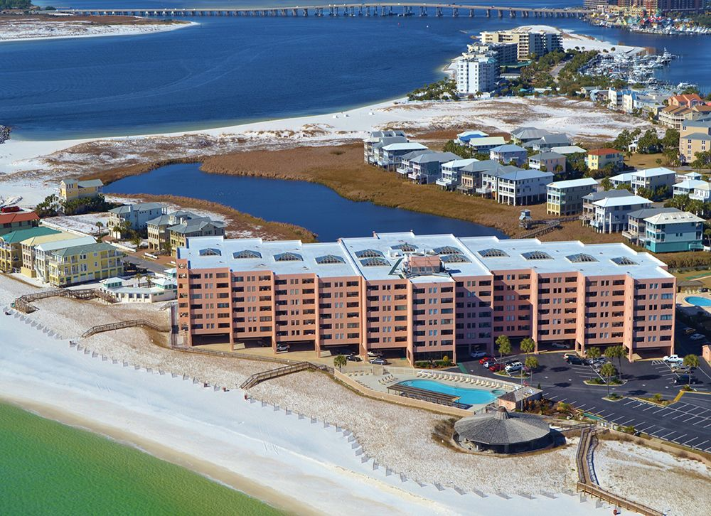 3 Destin Condos For Sale For Less Than 200k Beach Condo Destin Rentals Vacation Rental