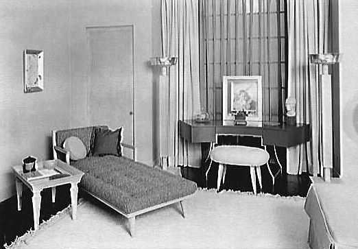 17 Best images about 1940 s Interiors on Pinterest   Art deco colors   Furniture and Pink bathrooms. 17 Best images about 1940 s Interiors on Pinterest   Art deco