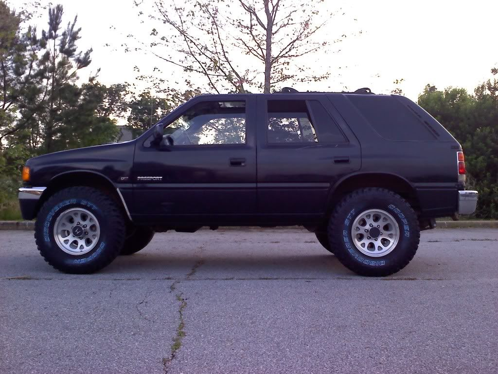 "honda passport \ isuzu rodeo 2""lift with mud tires... I'd like this!"