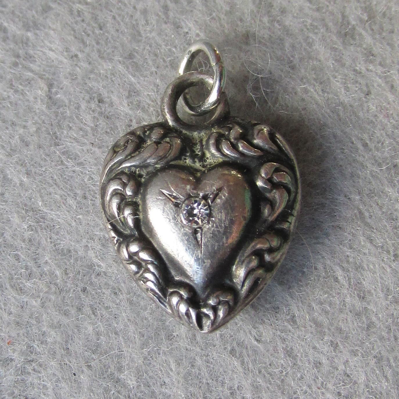 Charms & Charm Bracelets Jewelry & Watches Vintage Sterling Silver Small Puffy Heart Charm