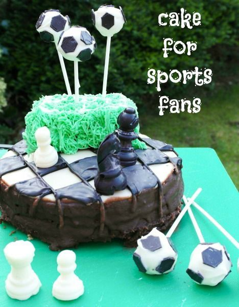 Sporty cakes - how to decorate a chess board and a football pitch