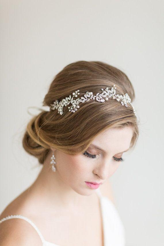 1 Pcs Wedding Hair Garland Ribbon Pearl Petals Flower Wedding Headband for Bride Bridesmaids Wedding Party Hair Accessories