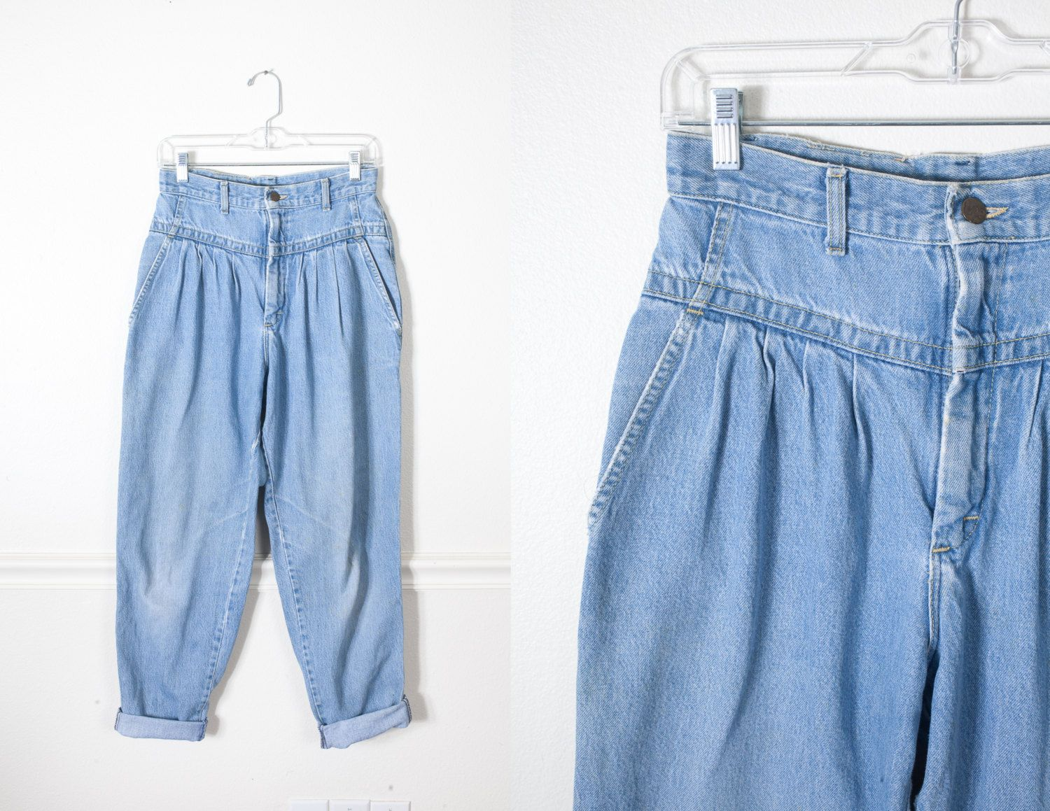 64b9298392 DETAILS Vintage ultra high waisted 80s/90s Lee jeans. Pleated yoke front.  Soft, light wash denim with some moderate fraying/distressing around the  edges.