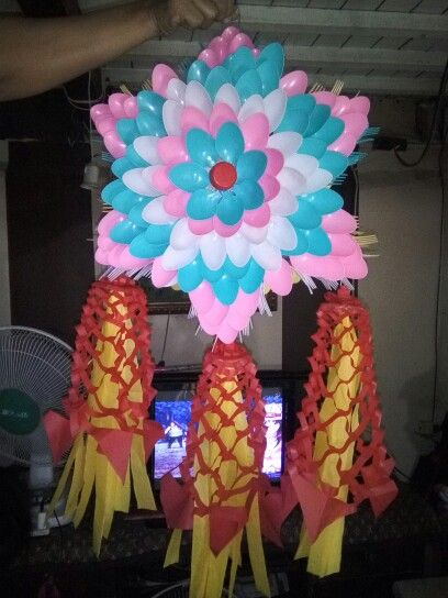 Diy spoon fork parol diy recycable christmas lantern for Recycled paper lantern