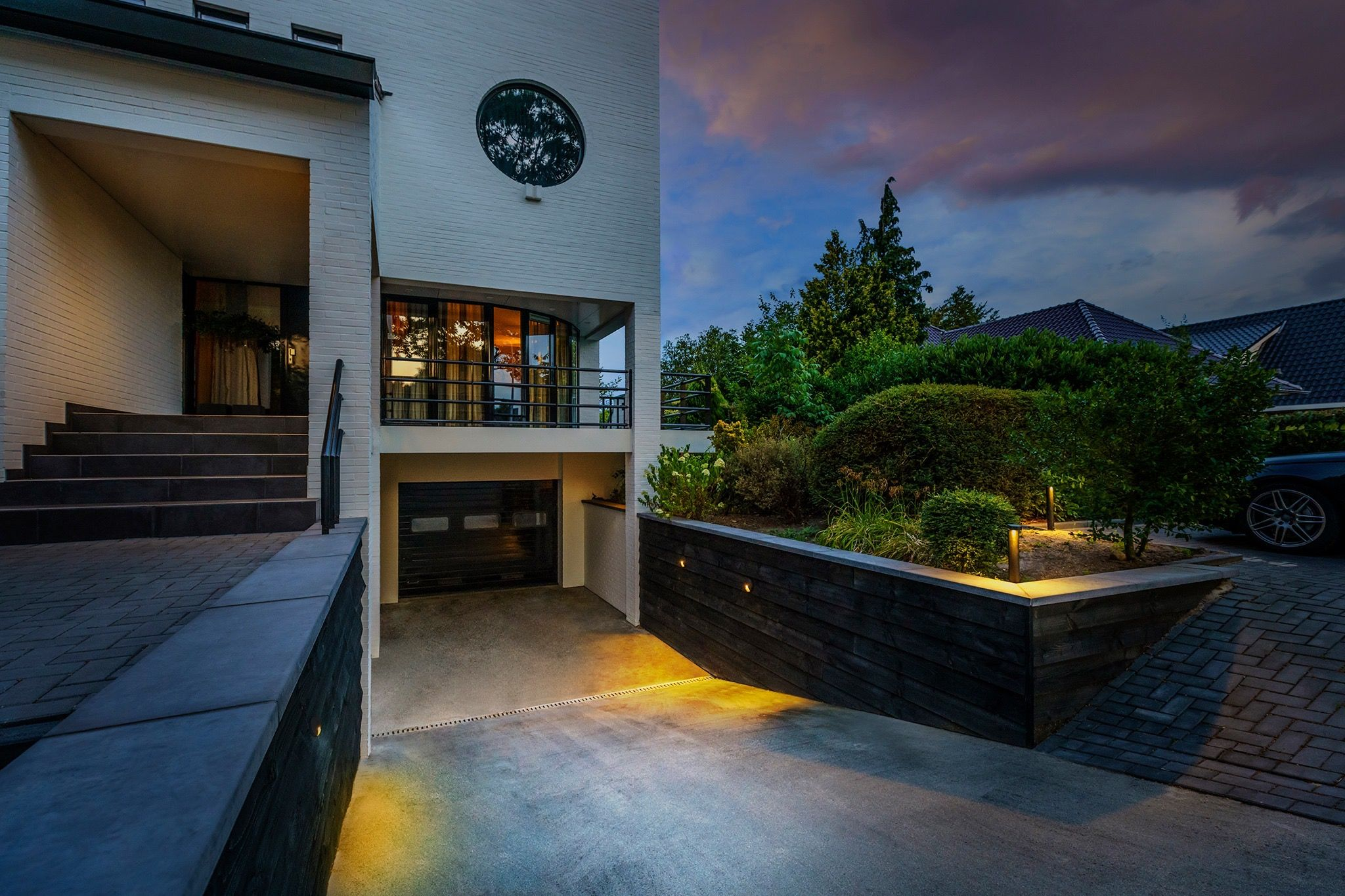 The Kuma Wall Light In Action A Stunning Mix Of Lights All 12v Plug And Play Easy To Install And Have Outdoor Lighting Systems House Styles Outdoor Gardens