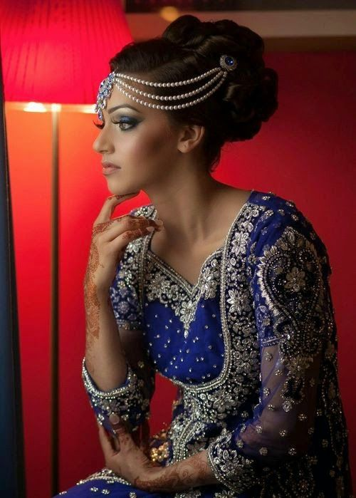 Gorgeous Indian Wedding Hairstyle With Updo