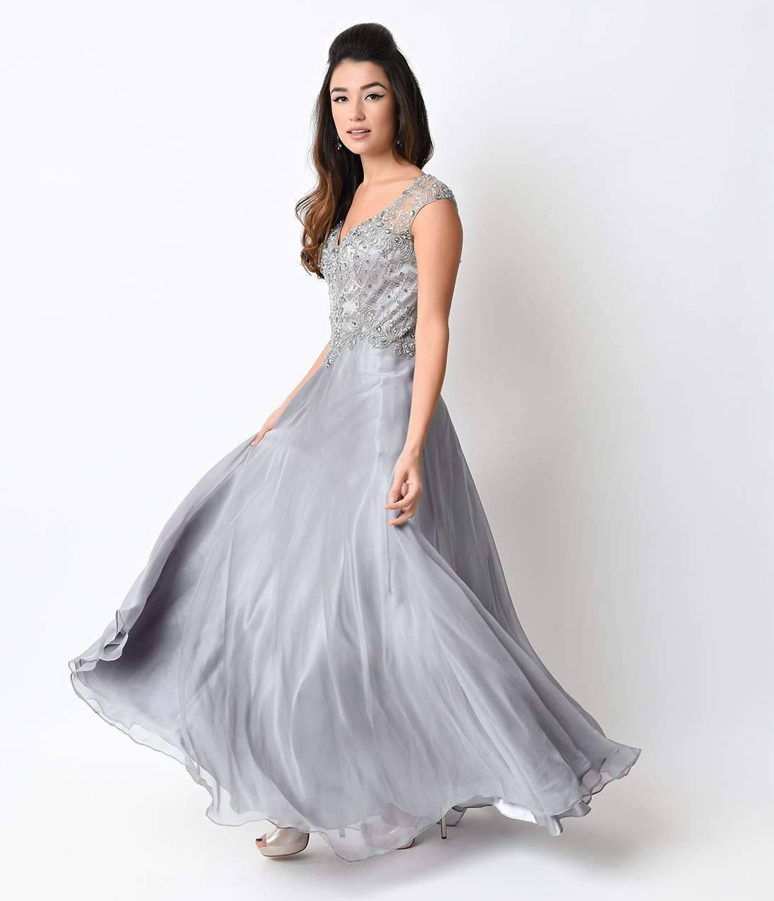 15 Prettiest Vintage-Inspired Prom Dresses | Vintage prom, Prom and ...