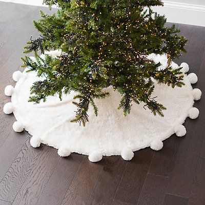 Faux Fur Christmas Tree Skirt With Pom Poms In 2020 Christmas Tree Skirt Christmas Tree Christmas Centerpieces