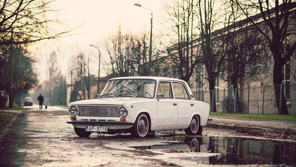 Old Classic Russian Car Wallpaper Klassiki
