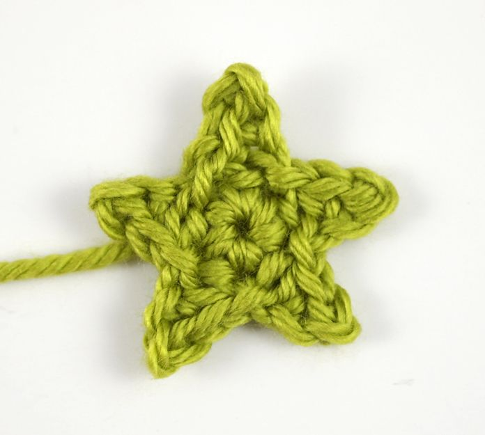 Tiny Crochet Star Embellishment … | Pinteres…