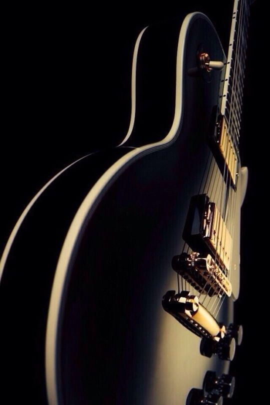 93 Tumblr In 2021 Music Wallpaper Guitar Acoustic Guitar Photography