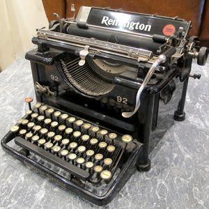 American Remington Typewriter | quintessential duckeggBLUE