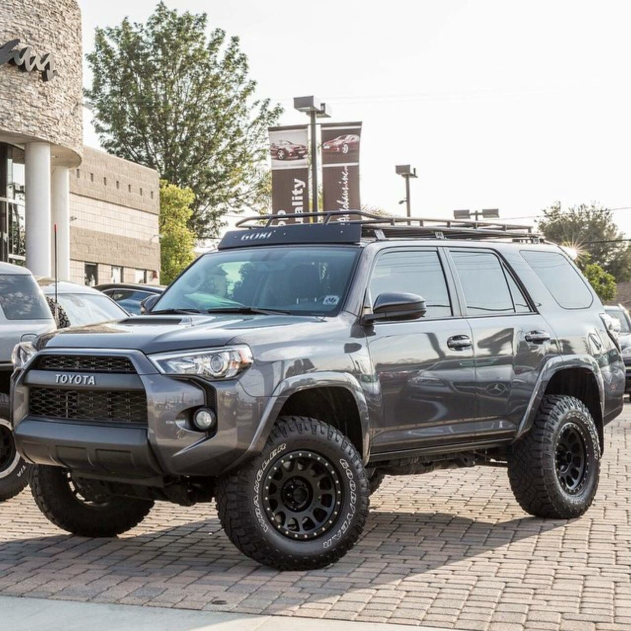 Toyota 4 Runner With Method Wheels I Ll