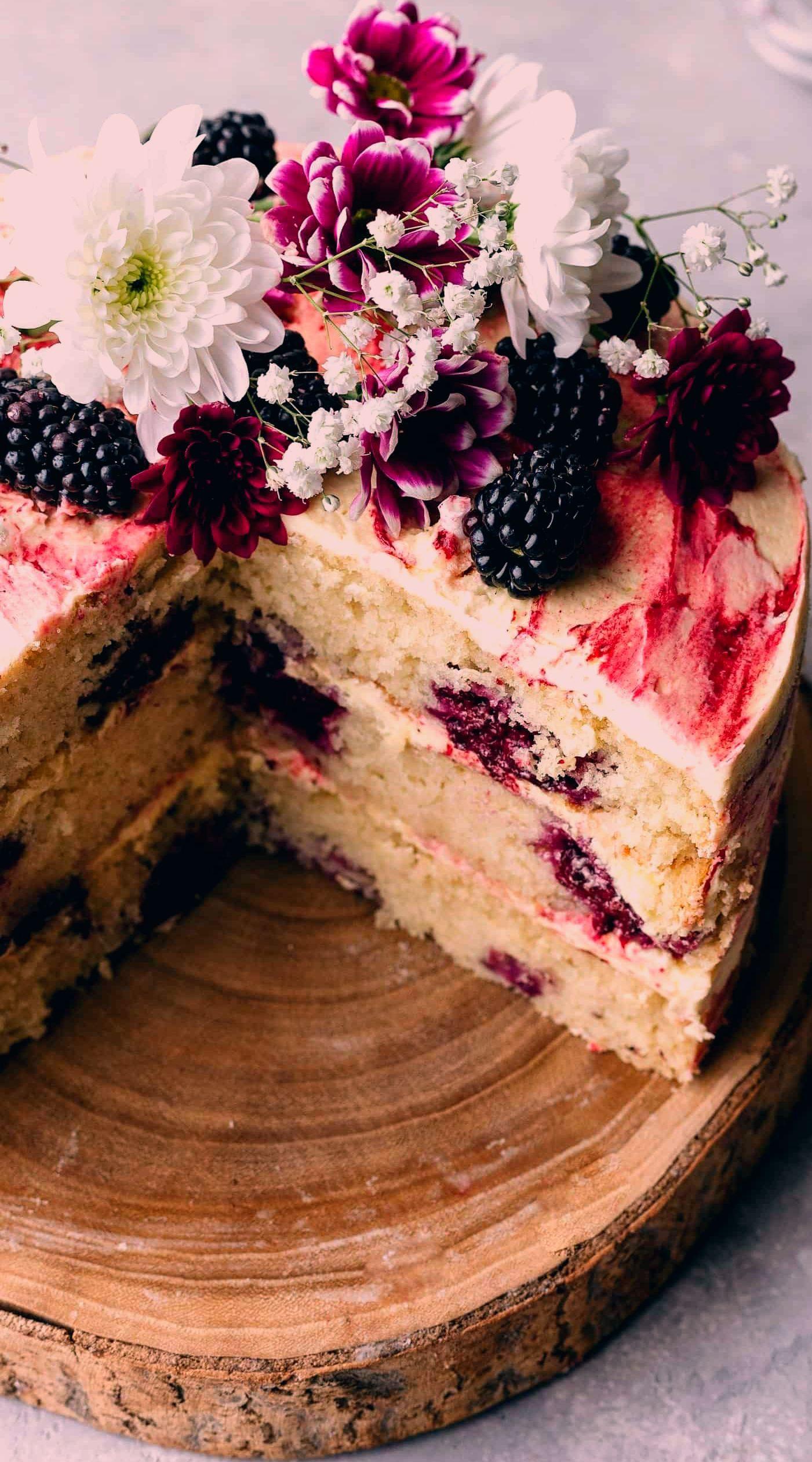 Blackberry And Gin Cake Cupful Of Kale In 2020 Vegane Kuchenrezepte Dessert Rezepte Dessert Ideen