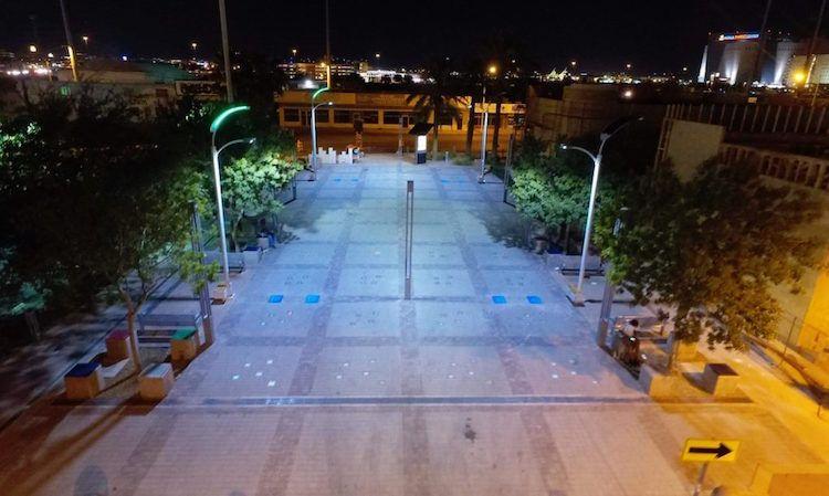 World S First Streetlights Fueled By Footsteps Is Installed In Las Vegas Street Light Solar Powered Street Lights Best Solar Panels