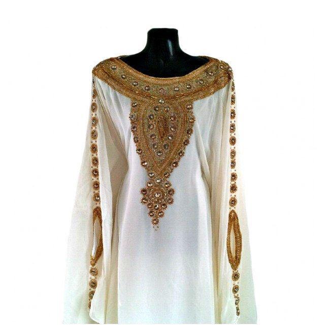 Egyptian Goddess Abaya Caftan, Gold Embellished Kaftan Dress, Kaftan Maxi Dress, Dubai Kaftans, Gold Beaded Evening Gown, Plus Size Dress par Jywal sur Etsy https://www.etsy.com/fr/listing/451569796/egyptian-goddess-abaya-caftan-gold