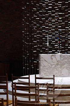 Mit Chapel Massachusetts Avenue Cambridge Massachcusetts United States Alter Detail With Sculpture By Harry Bertoia Eero Saarinen Saarinen Eero Saarinen Chapel