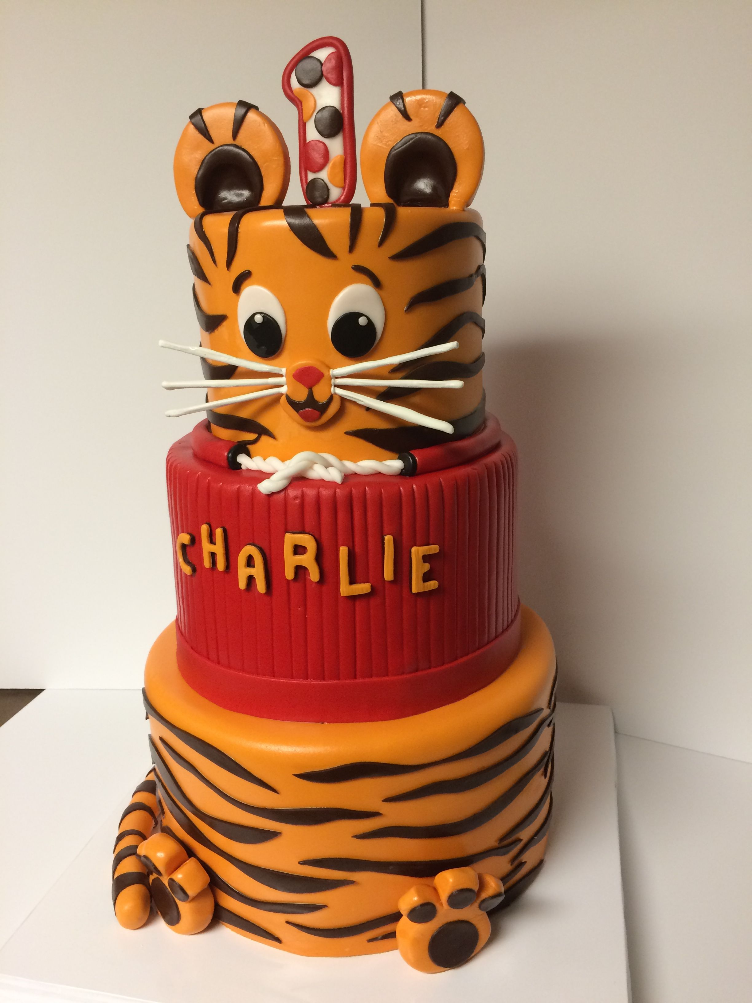 Daniel Tiger Cake Desserts In 2019 Daniel Tiger