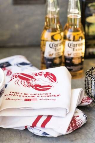 New Orleans is no stranger to crustaceans! These red napkins add a touch of NOLA to any 4th of July gathering!