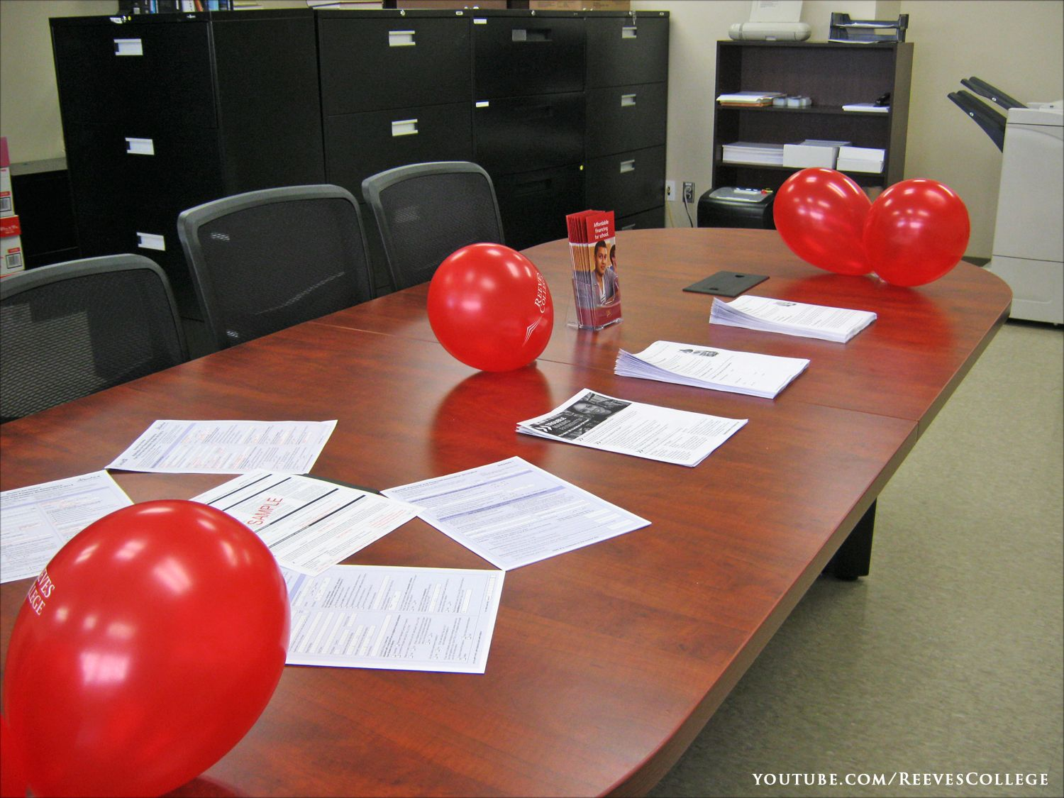 Reeves College, Edmonton City Centre Open House on September 5, 2013 - Red Balloons on the Table Subscribe to the Reeves College Youtube channel:  http://www.youtube.com/subscription_center?add_user=ReevesCollege #ReevesCollege  #Edmonton #CityCentre #OpenHouse #September5 #2013 #Red #Balloons #Table
