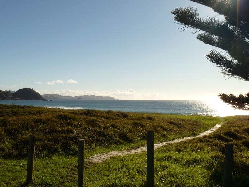 75 Sandhills Road, Great Barrier Island