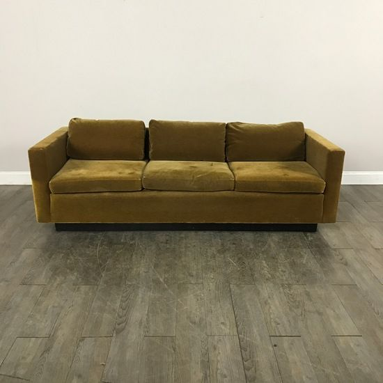 Vintage Gold Mohair Sofa   Chicago, IL Https://www.marketsquarehome.