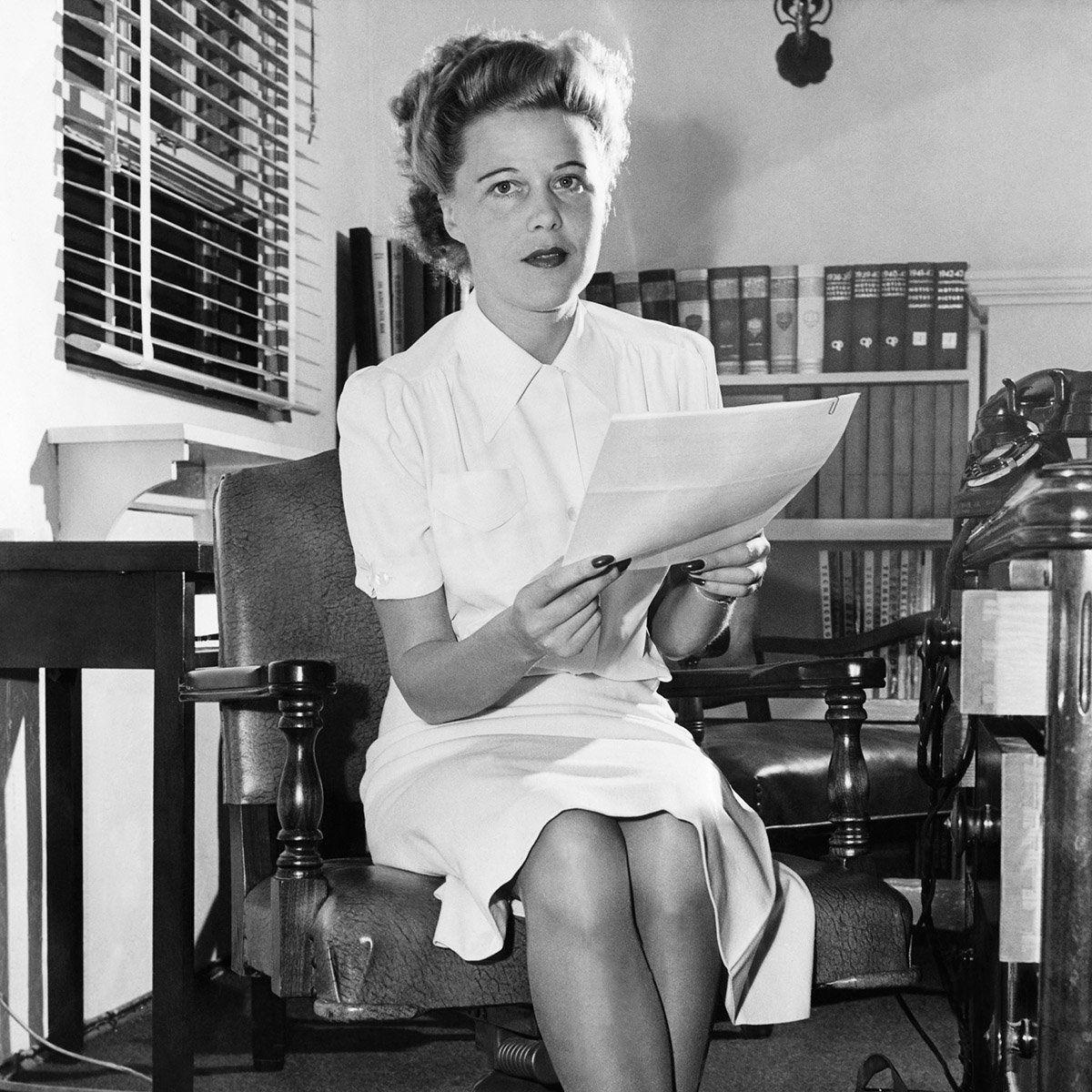 Joan Harrison, 1943
