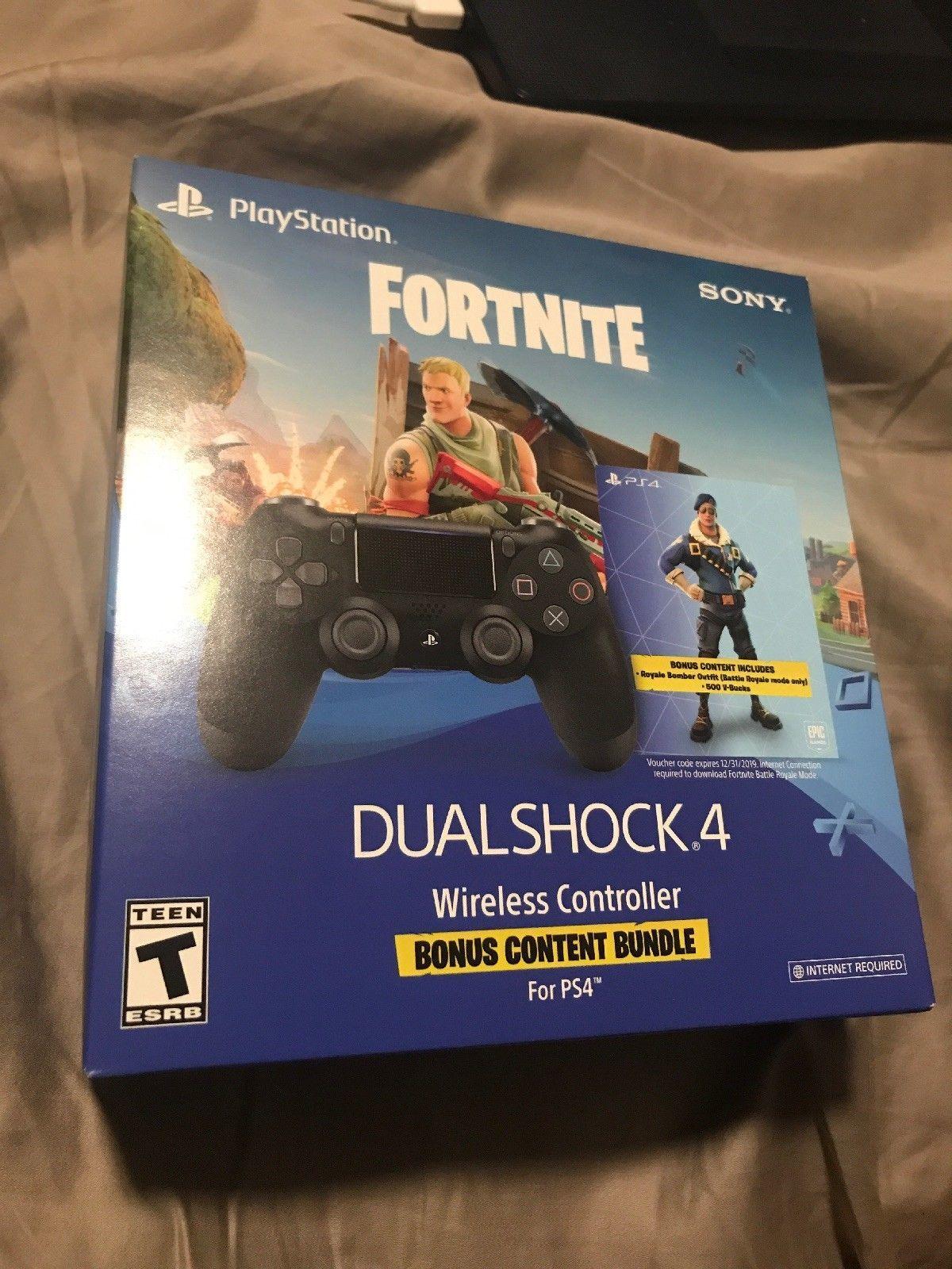 PS4 FORTNITE Royal Bomber Skin 500 V-Bucks Dualshock Bundle