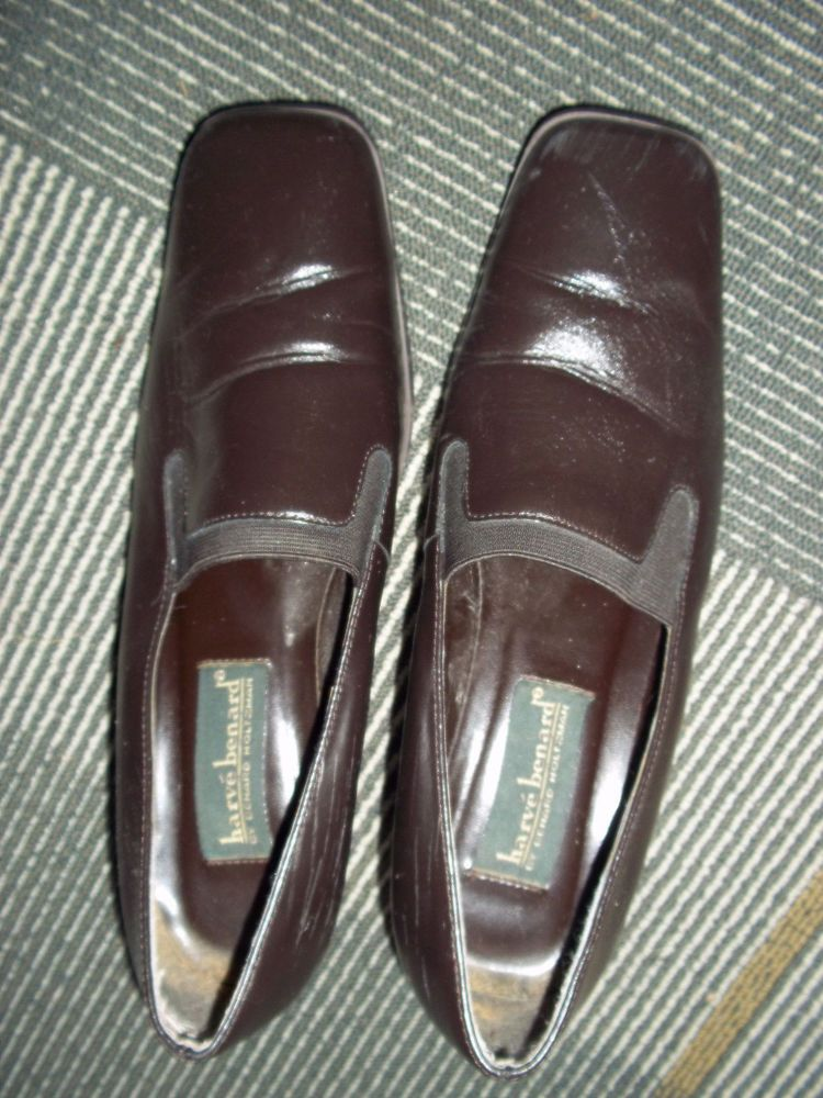 Harve Benard Womens Dark Brown Heels Shoes Size 8 Wide #HarveBenard #PumpsClassics