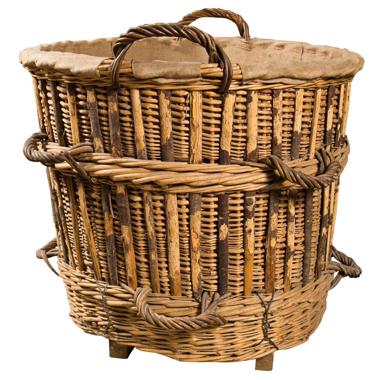 french th c champagne basket  dressing antiques and furniture - french th c champagne basket  from a unique collection of antique and modernbaskets