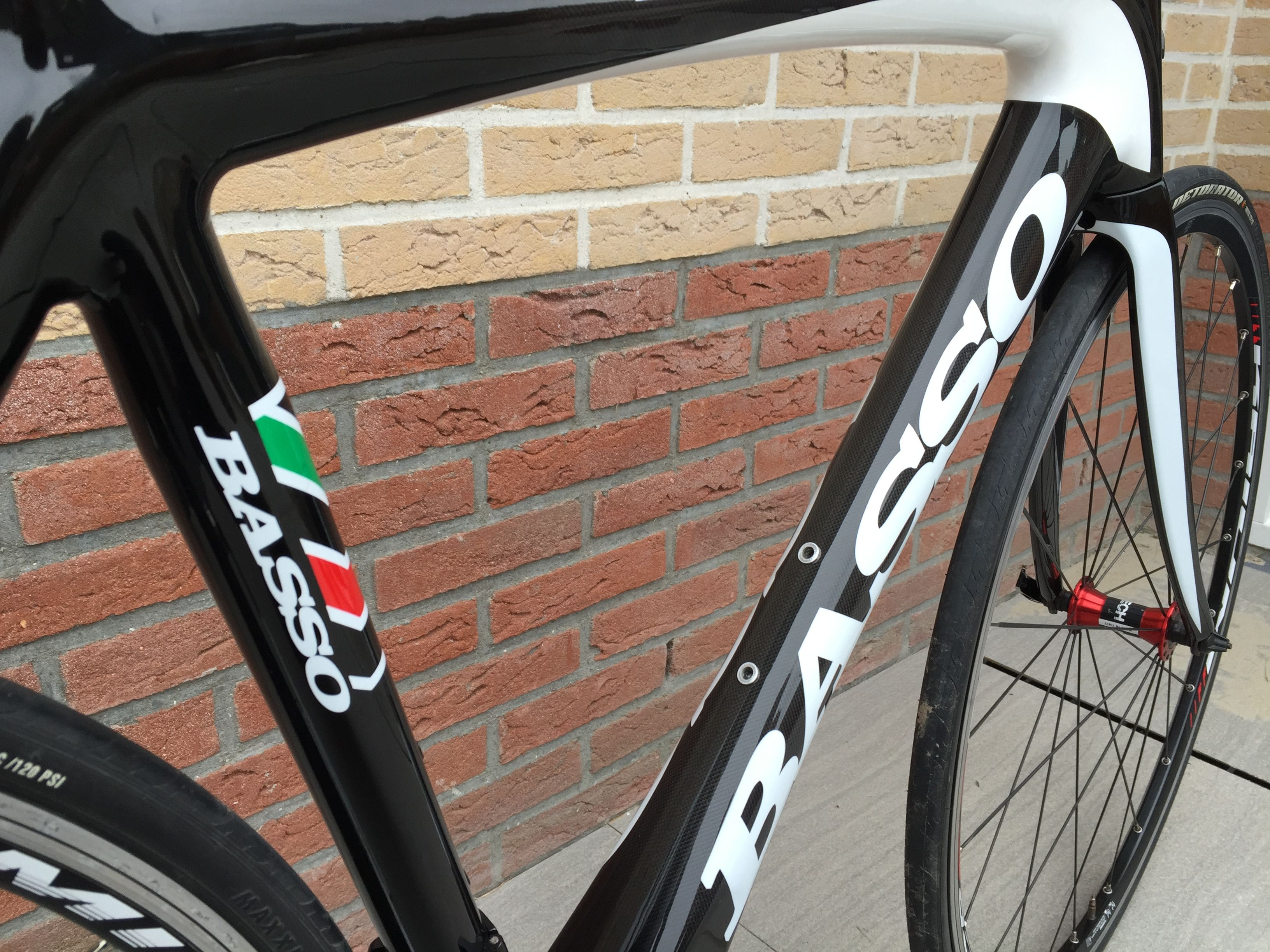 Pin van Carlos Cardoso da Cunha 1 op Basso Road Bike