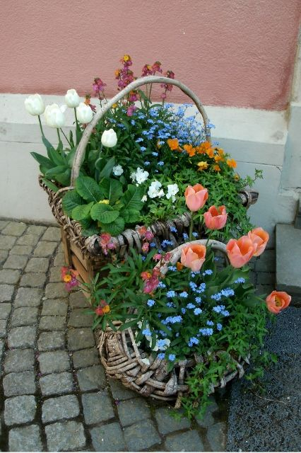 Basket outside the chapel on Mainau on the Bodensee.