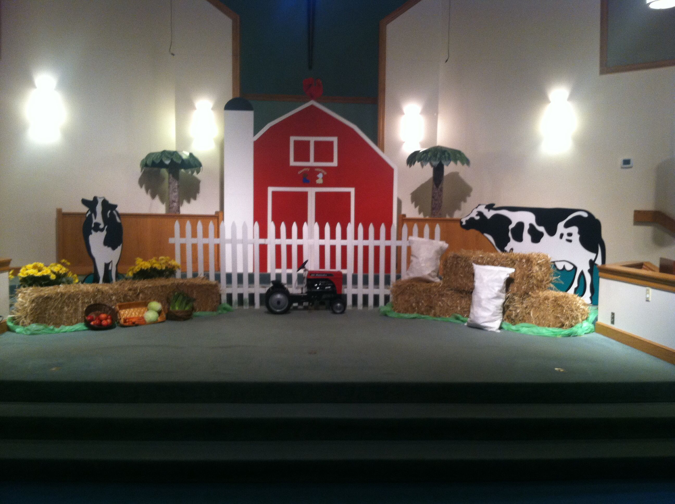 Farm theme vacation bible school favorite places for Farm door ideas