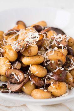 Gnocchi mit Champignons und Parmesan