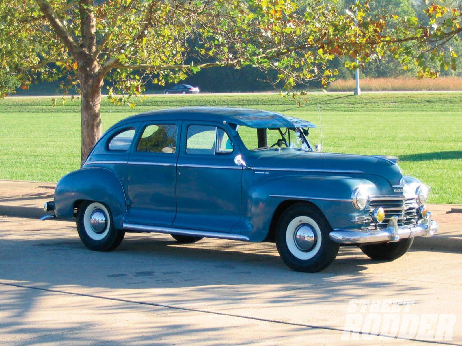 1947 Plymouth Special Deluxe 4 Door Sedan Dengan Gambar