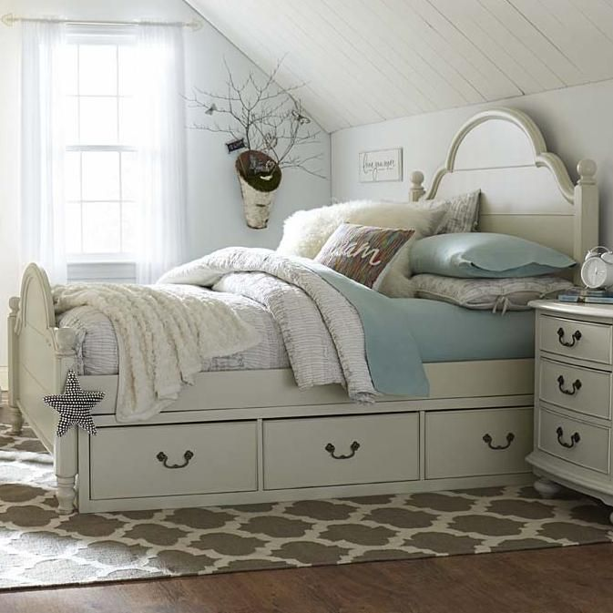 Inspirations by Wendy Bellissimo Full Westport Low Poster Bed with ...