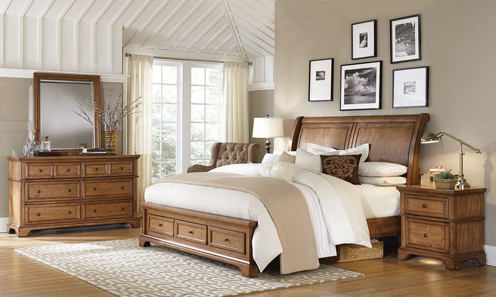Alder Creek Collection Home Decor Sleigh Bedroom Set