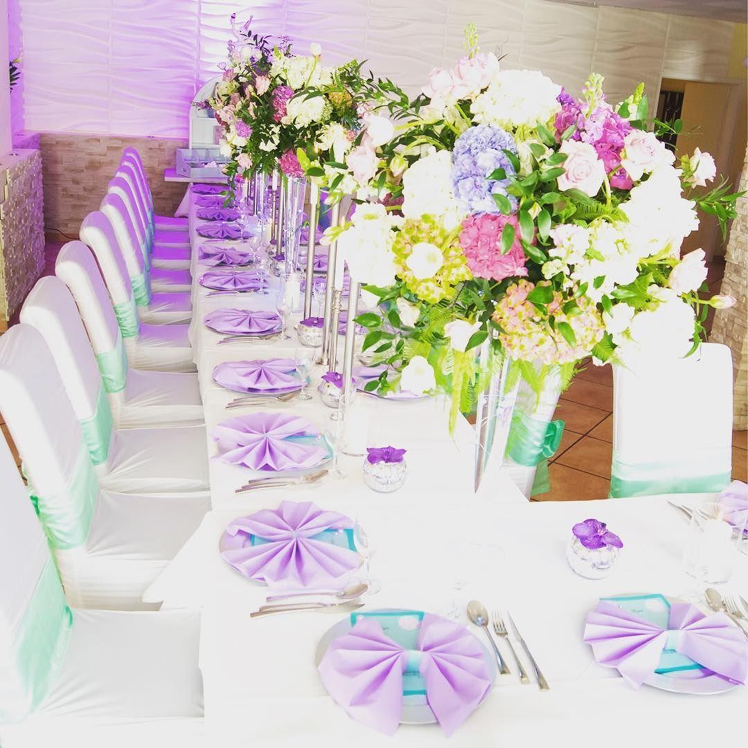 #dekoration #hochzeit #flieder #mint#wedding #momentsmemoriesevent #mirelabenes#wedding #flowers Blumen #weddingdecor #weddingplanner #Germany #hortensien #bestjob#braut#bräutigam#bride by momentsmemoriesevent