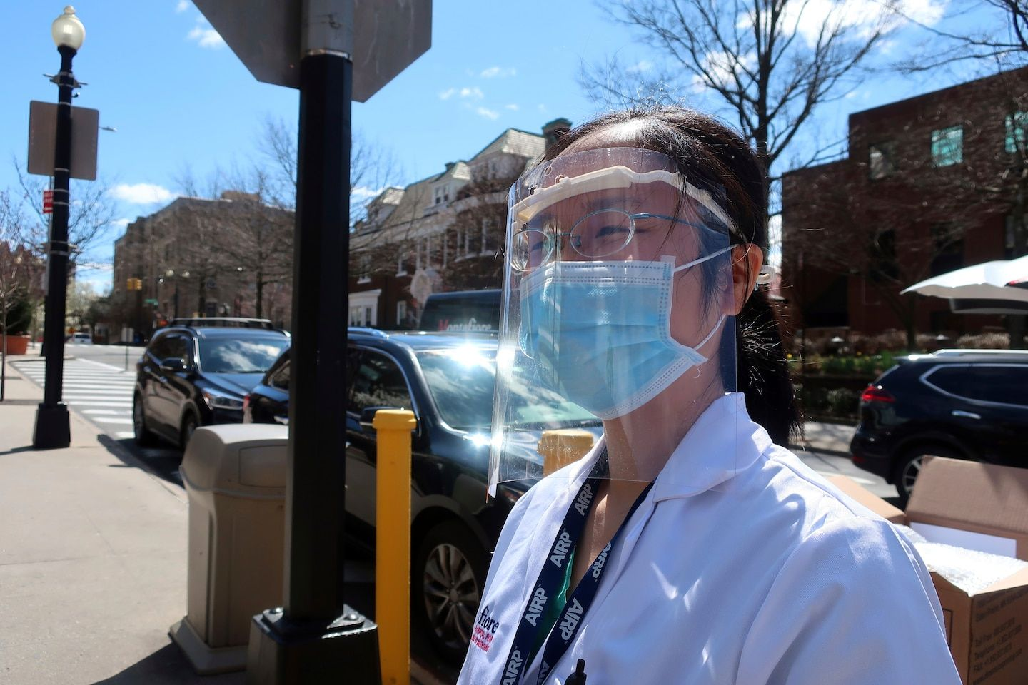 Mask shortage for most healthcare workers extended into