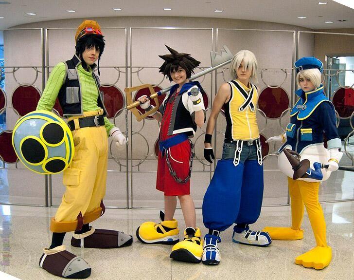 Riku in Kingdom Hearts 2 cosplay costume Custom Made Halloween