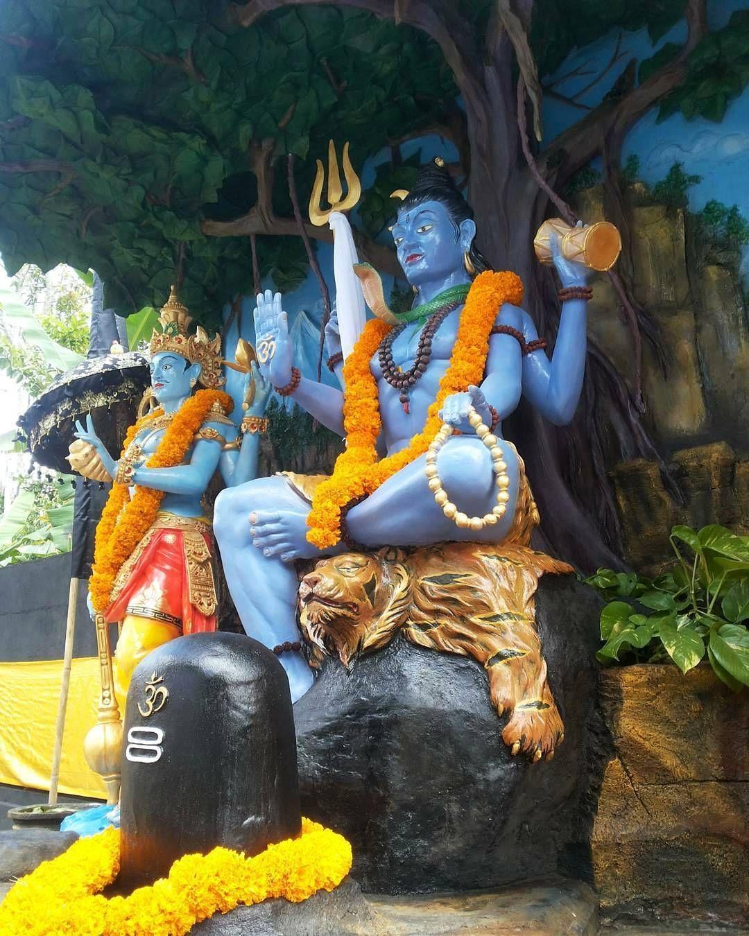 """153 Likes, 8 Comments - Mumbai Ganesha™ (@mum_ganesha) on Instagram: """"॥ गणपती बाप्पा मोरया ॥ ॥ मंगलमुर्ती मोरया ॥ #mumbai_ganesha_official #ganpati_bappa_clickography…"""""""