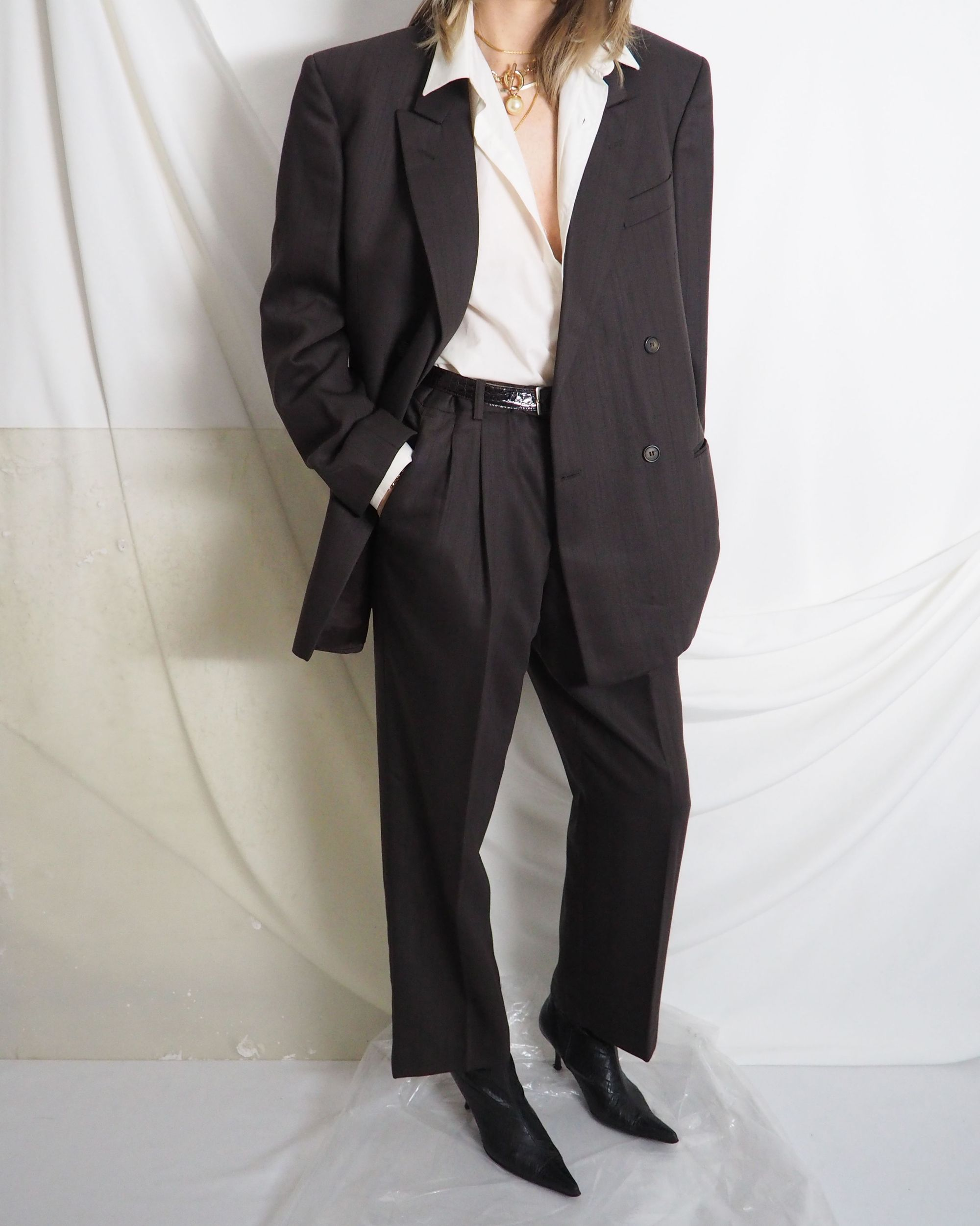Vintage Chocolate Brown Menswear Suit With High Waist Pleated Pants And Beige Shirt Untitled In 2020 Vintage Clothing Online Vintage Outfits Online Shopping Clothes