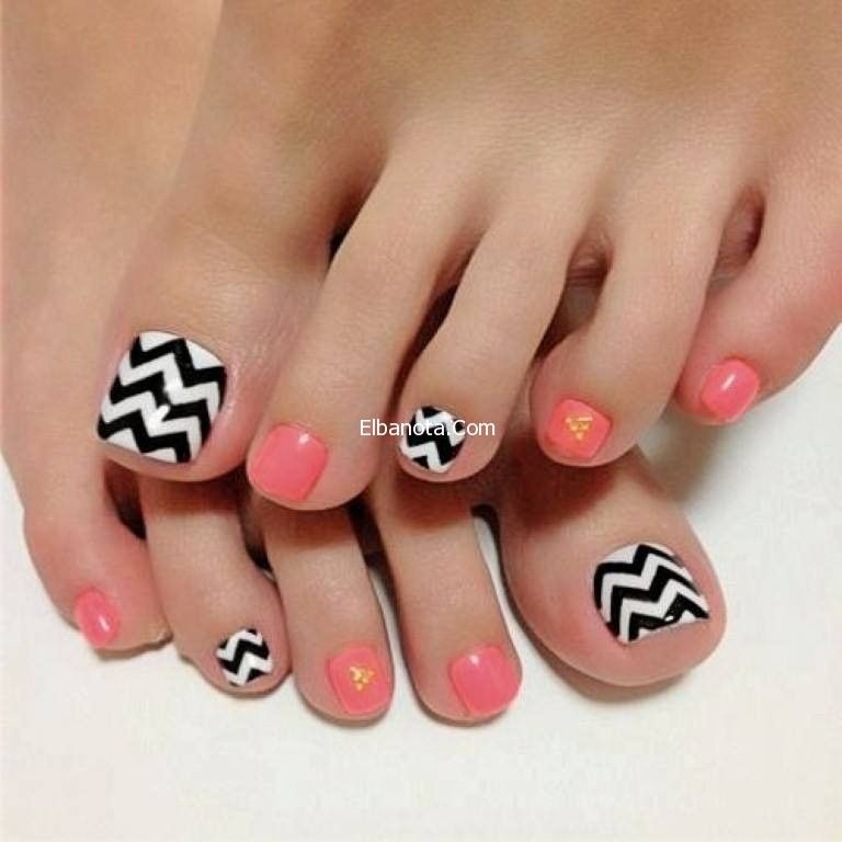 رسومات طلاء الاظافر القدمين أحدث صيحات طلاء أظافر القدمين جمال رشاقة عالم المرأة بنوته كافيه Cute Toe Nails Toe Nail Designs Toe Nails