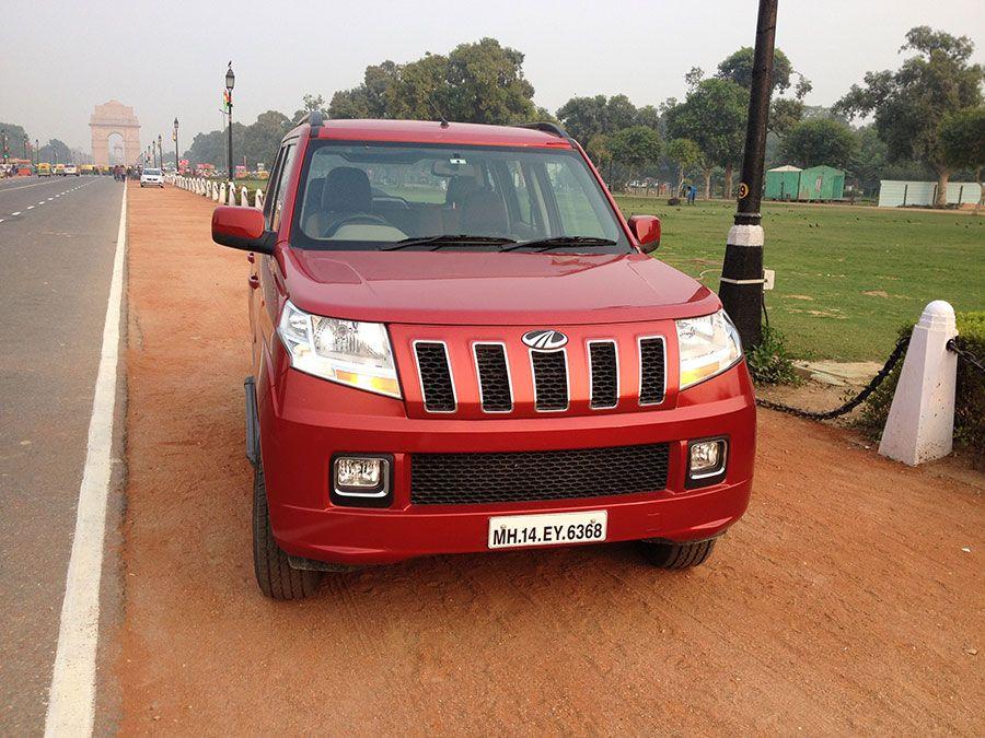 """Mahindra TUV300 Review (T8) """"TUV and stylish"""" Vehicles"""