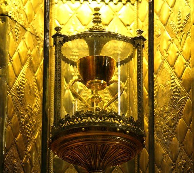 Il Santo Graal, la mitica coppa con la quale il Cristo avrebbe celebrato l'Ultima Cena