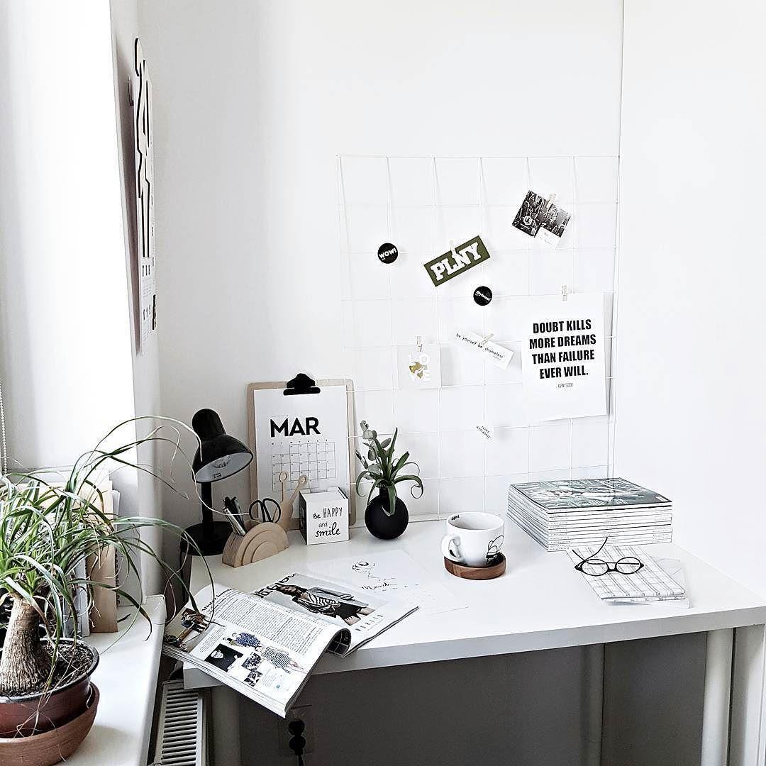 instagram lifestyle minimal workspace on the bed interior minimal fashion flatla the. Black Bedroom Furniture Sets. Home Design Ideas
