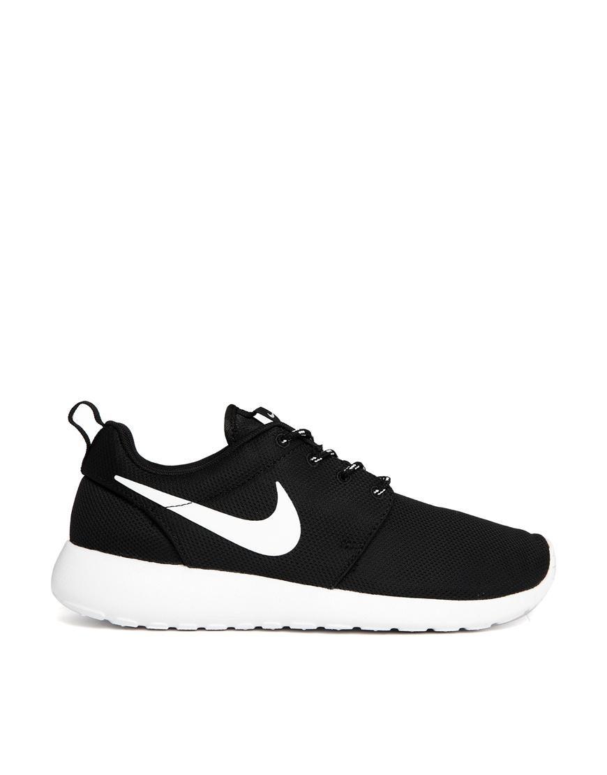 f1380e80583 Nike | Nike Rosherun Black Sneakers at ASOS | fav stuff | Nike shoes ...