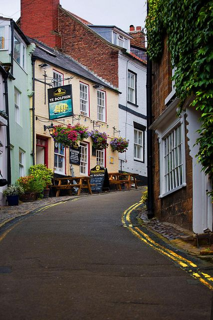 dating in whitby north yorkshire Breakfast located in the picturesque village of runswick bay near whitby the  firs in runswick bay is handy for saltburn, staithes, sandsend, whitby, whitby  abbey, goathland, the north yorkshire moors and the north  check in date.